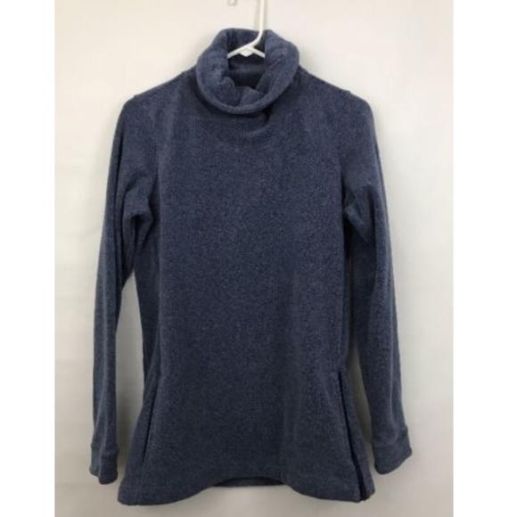 fa7b45edf8b7 Dri Fit Therma Fleece Shirt Turtleneck Small. M 5b47fca6fe51514a55d739d3